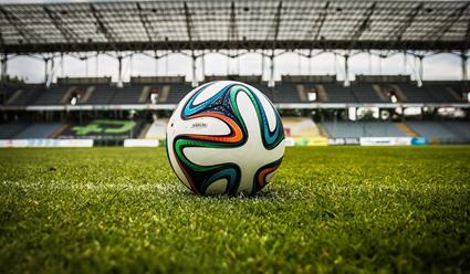 Футболисты 'Шахтера&#39  и 'Динамо&#39  устроили драку в матче национального чемпионата
