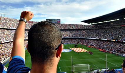 «Барселона» и«Манчестер Сити» вышли вплей-офф Лиги чемпионов