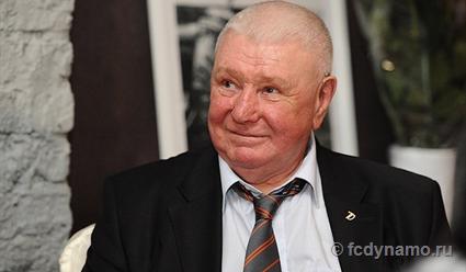 Футбольный клуб Динамо Москва: Ушел изжизни Валерий Маслов