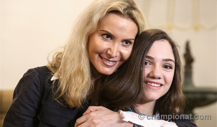 Фигуристка Цурская следом заМедведевой отказалась отуслуг Тутберидзе
