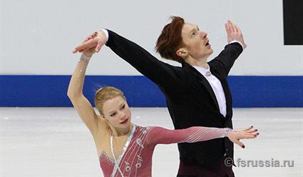 Русские фигуристы завоевали весь пьедестал в состязании пар натурнире вБратиславе