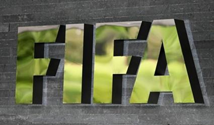 Франция призвала снять санкции сКатара