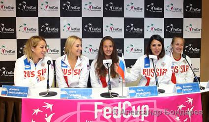 Веснина иКасаткина несмогли вывести РФ  вМировую группу Кубка Федерации