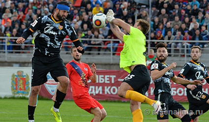 «СКА-Хабаровск» выигрывает «Оренбург» ивыходит вПремьер-лигу