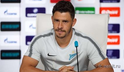 Полузащитник Жулиано объявил, что желает покинуть «Зенит»