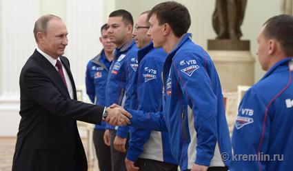 Владимир Путин встретится скомандой «КАМАЗ-мастер»