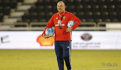 Сборная Российской Федерации пофутболу уступила втоварищеском матче против сборной Катара