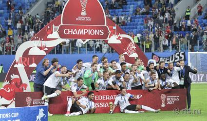 Ларс Штиндль принес Германии победу вфинале Кубка конфедераций