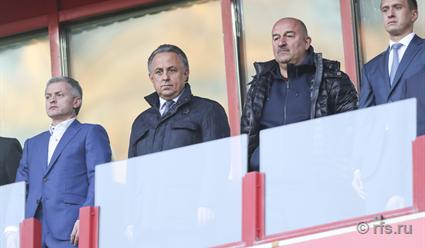 Восканян посетовал натравмы игроков сборной перед матчем сРоссией
