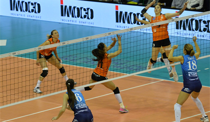 Волейболистки московского «Динамо» проиграли итальянкам вполуфинале Лиги чемпионов