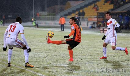 Матч «Урала» стульским «Арсеналом» небудет проводиться вманеже