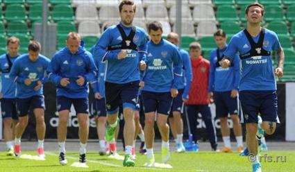 Футболисты сборной РФ наименее раскручены, однако ничем нехуже чилийцев— Васин