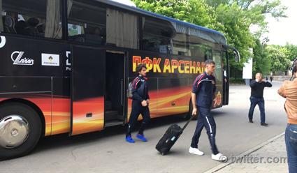 ТульскийФК «Арсенал» оштрафовали за неверный выход игроков изавтобуса