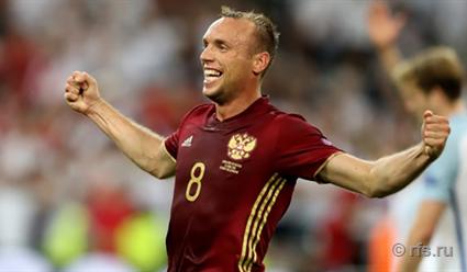 Глушаков согласился продлить контракт со «Спартаком» на три года